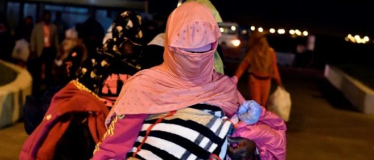 Article : Maltraités en Libye, des migrants ivoiriens sont de retour au pays