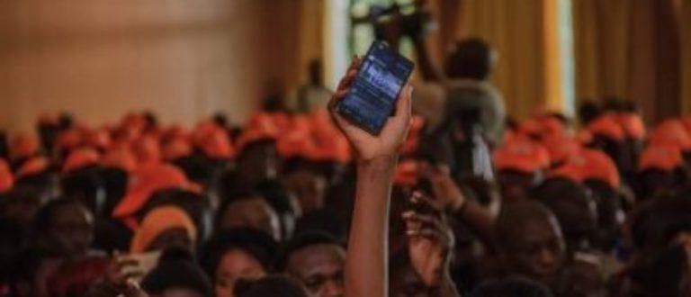 Article : U-Report Côte d'Ivoire: les jeunes au cœur du changement social